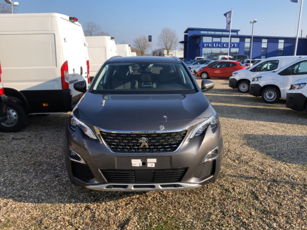 Peugeot 5008 Pure Tech 130 Allure EAT8 Start Stop